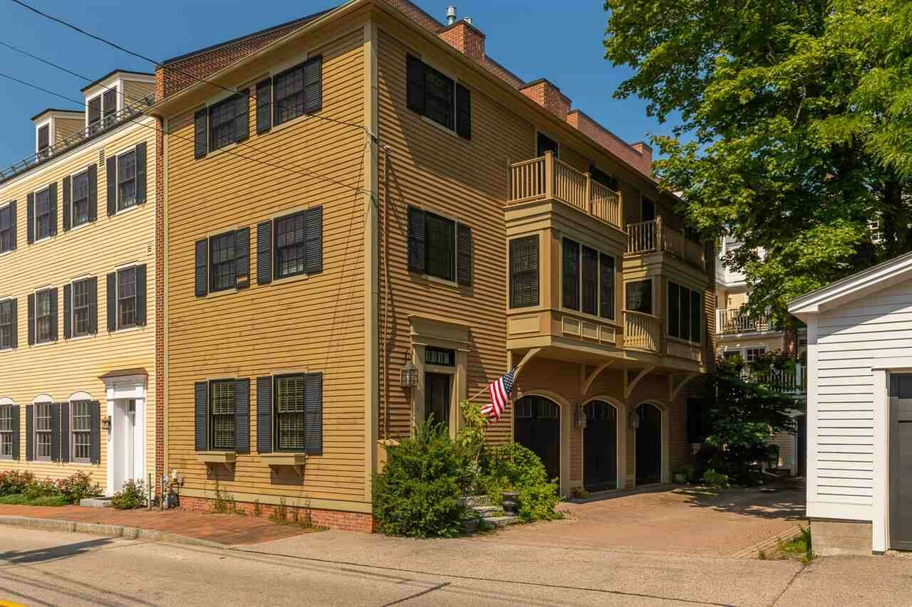 Single Family for Sale at 449 Court Street Portsmouth, New Hampshire 03801 United States
