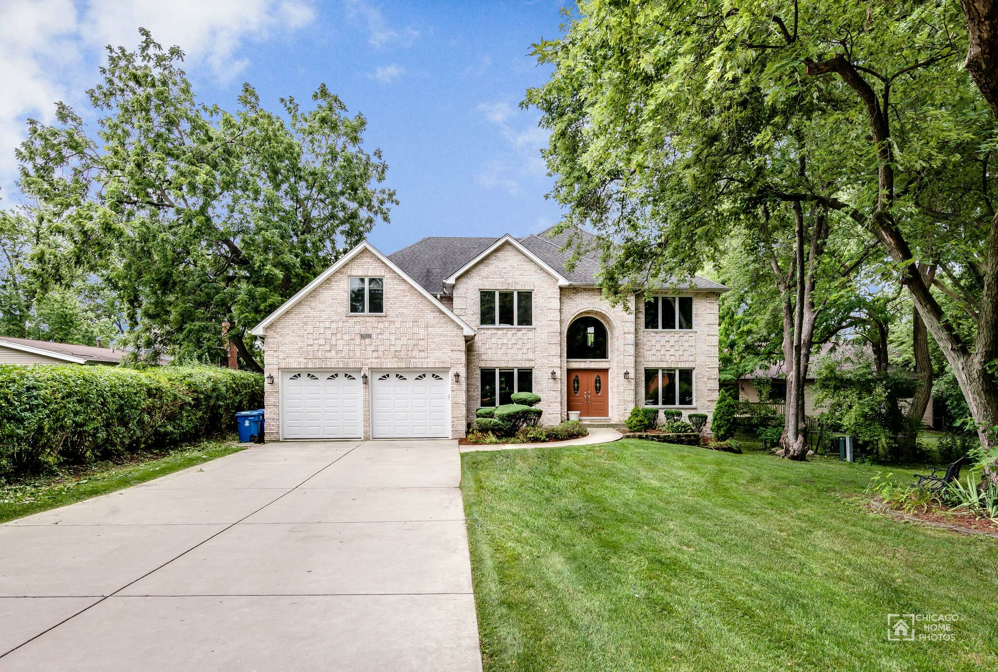 Single Family for Sale at 7822 Virginia Ct. Willowbrook, Illinois 60527 United States
