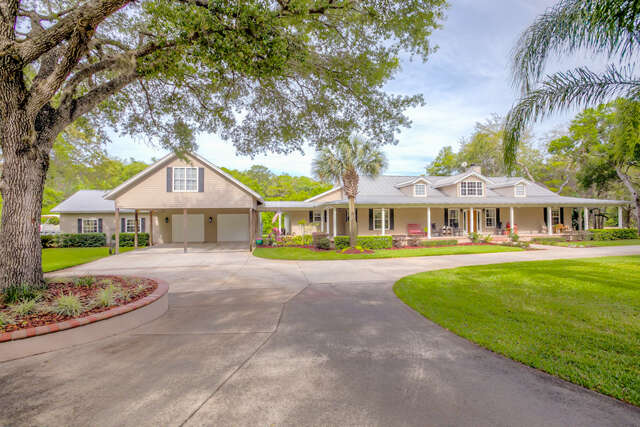 Single Family for Sale at 6110 Richland Ave Leesburg, Florida 34748 United States