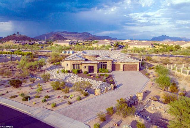 Single Family for Sale at 2251 N Woodruff -- Mesa, Arizona 85207 United States