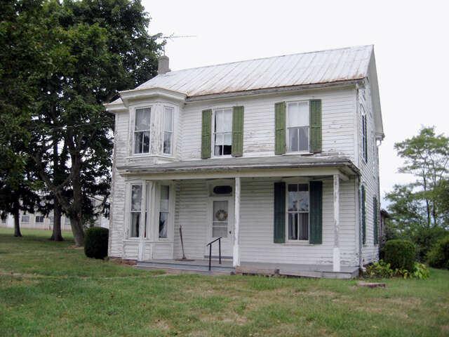 Investment for Sale at 360 Zepp Road/Res. Listing Gettysburg, Pennsylvania 17325 United States