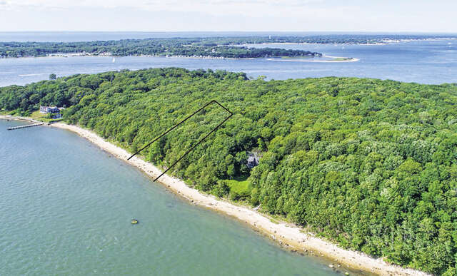 Single Family for Sale at 11 Rocky Point Terrace Shelter Island, New York 11964 United States