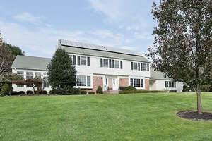 Featured Property in Holmdel, NJ 07733