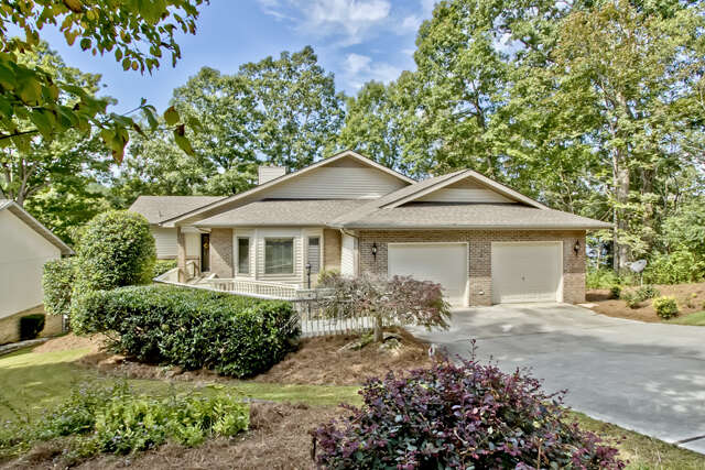 Single Family for Sale at 180 Oonoga Way Loudon, Tennessee 37774 United States