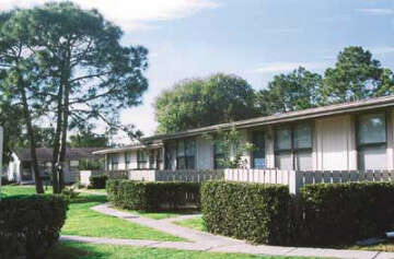 Apartments for Rent, ListingId:7107900, location: 1927A Sanford Circle Sarasota 34234