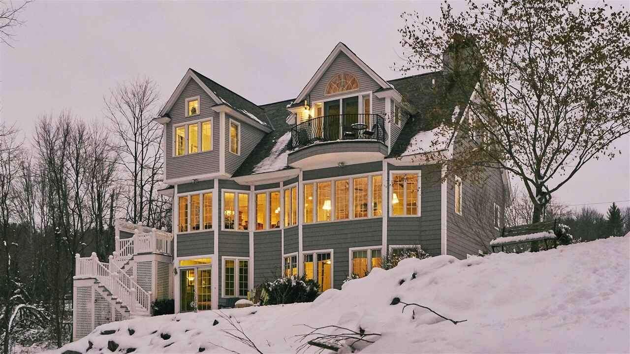 Single Family for Sale at 112 Piscataqua Road Durham, New Hampshire 03824 United States