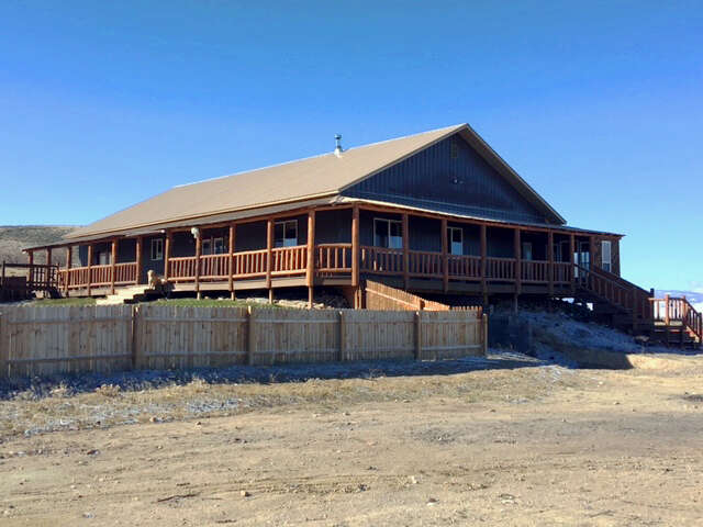 Single Family for Sale at County Rd 387 Saratoga, Wyoming 82331 United States