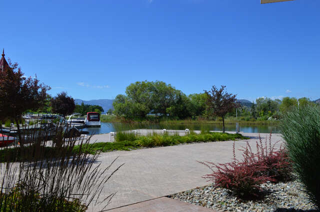 Home Listing at #111 - 1088 Sunset Drive, KELOWNA, BC