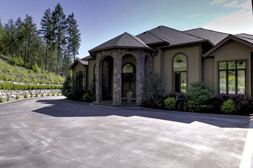 Featured Property in LAKE COUNTRY, BC, V4V 1A8