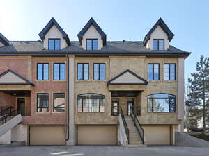 Featured Property in Edmonton, AB T5N 3J9