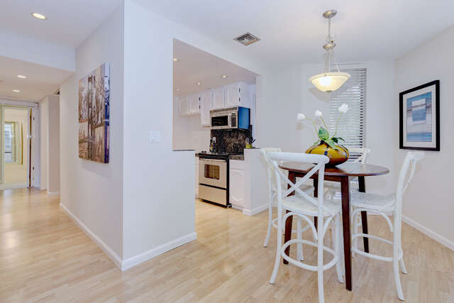 Condominium for Sale at 1210 Bellevue Ave Unit #302 Burlingame, California 94010 United States