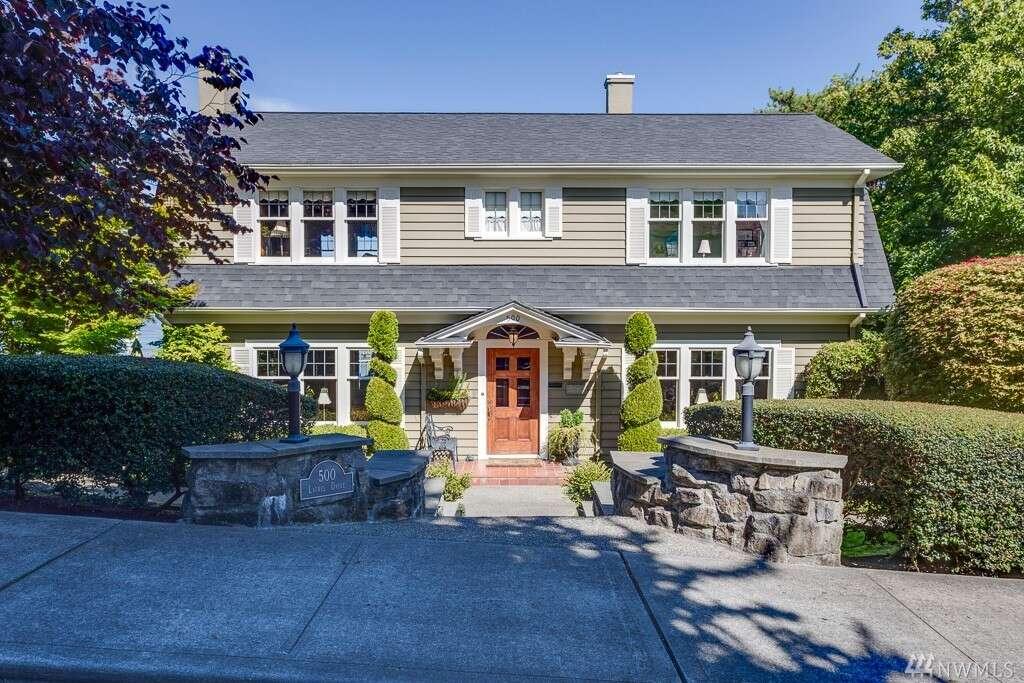 Home Listing at 500 Laurel Dr, EVERETT, WA