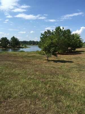 Land for Sale, ListingId:47749032, location: Lot 3 MEADOWBROOK LAKE DR Jackson 39211