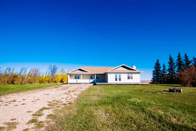 single family home for sale at 730056 rr 52 county of grande prairie clairmont ab t0h 3c0