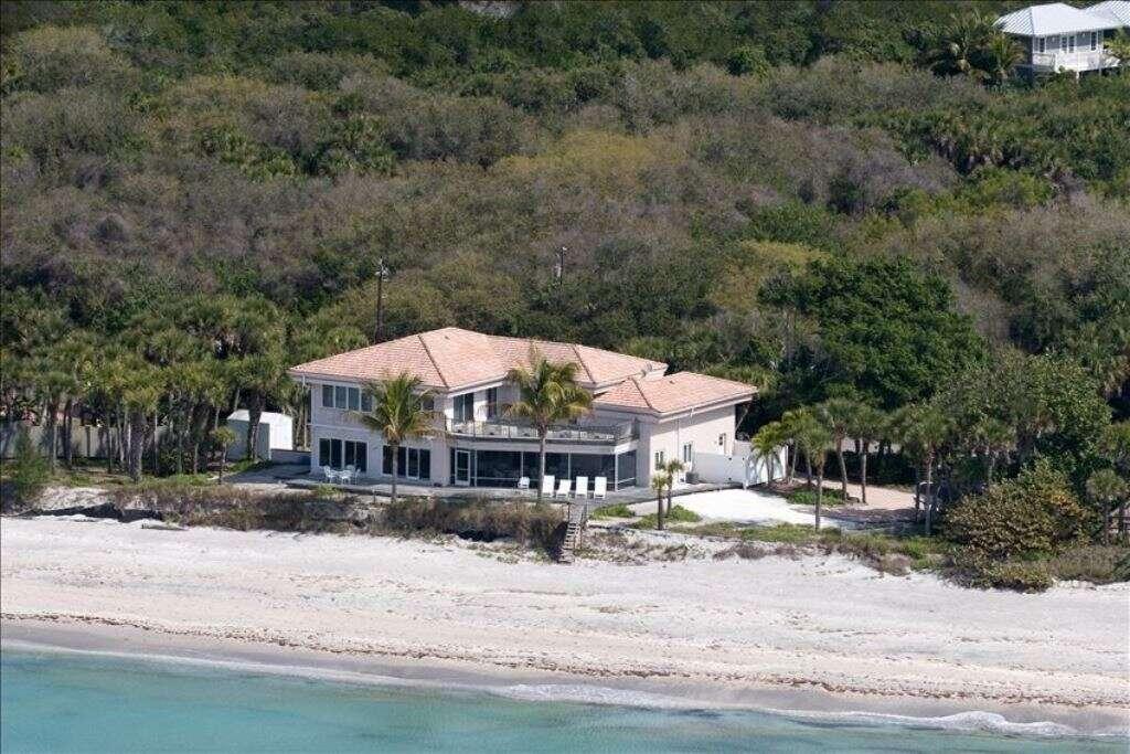 Single Family for Sale at 7110 Manasota Key Road Englewood, Florida 34223 United States