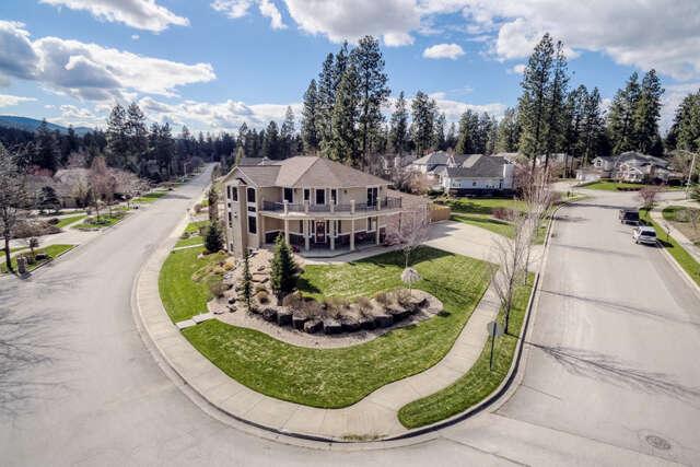Single Family for Sale at 5694 E Shoreline Dr Post Falls, Idaho 83854 United States