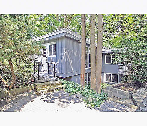 Single Family for Sale at 25 Louise Drive East Brunswick, New Jersey 08816 United States