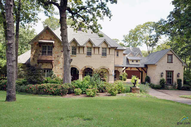 Single Family for Sale at 2060 Stonegate Blvd. Tyler, Texas 75703 United States