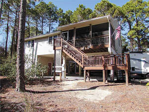 Featured Property in Carrabelle, FL 32323