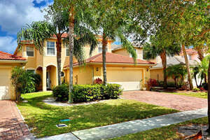 Featured Property in Greenacres, FL 33463