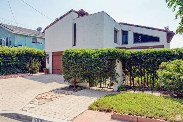 Single Family for Sale at 1998 Vista Del Mar Drive Ventura, California 93001 United States