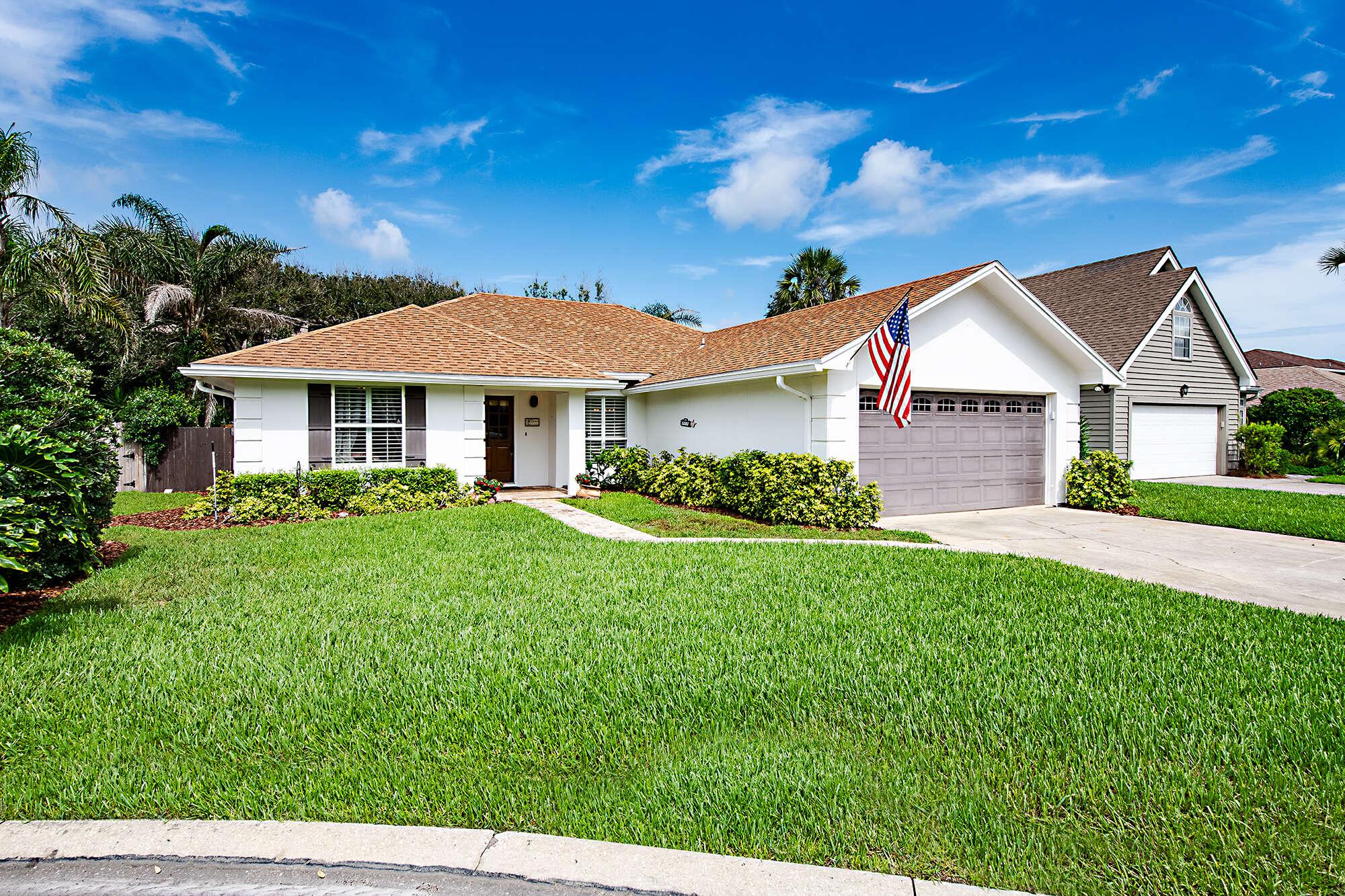 Single Family for Sale at 1864 Beachside Court Atlantic Beach, Florida 32233 United States