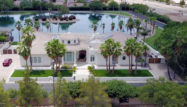 Single Family for Sale at 378 N Shore Lane Gilbert, Arizona 85233 United States