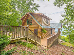 Featured Property in Cloudland, GA 30731