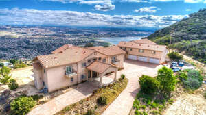 Featured Property in Lake Elsinore, CA 92530
