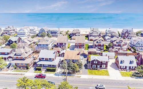 Single Family for Sale at 659 Main Avenue Bay Head, New Jersey 08742 United States