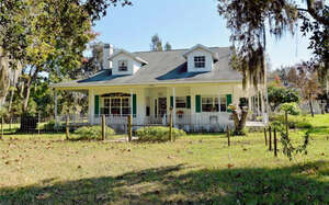 Featured Property in Myakka City, FL 34251