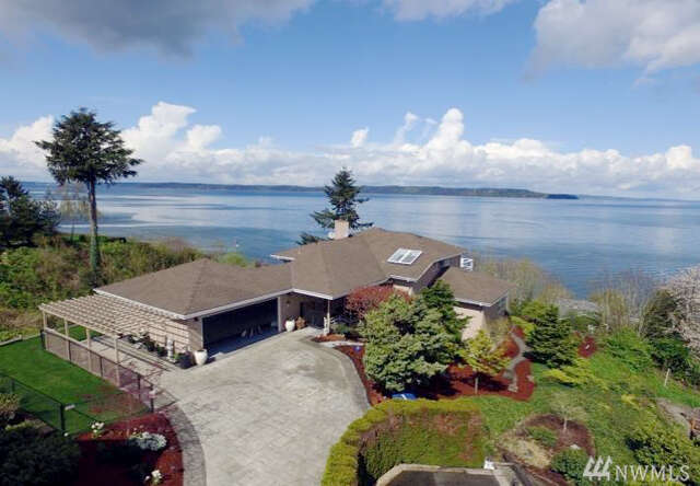 Single Family for Sale at 28811 Sound View Dr S Des Moines, Washington 98198 United States