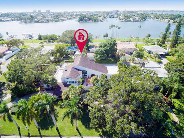 Single Family for Sale at 285 Park Street S St. Petersburg, Florida 33707 United States