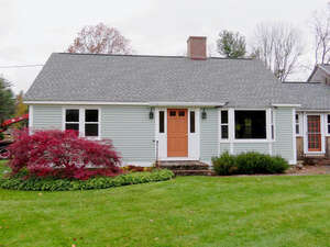 Featured Property in Kensington, NH 03833
