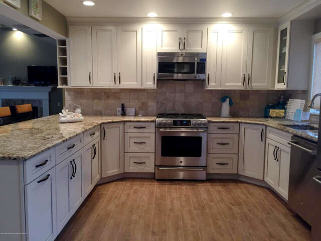 Single Family for Sale at 18 Kingfisher Lane Toms River, New Jersey 08753 United States