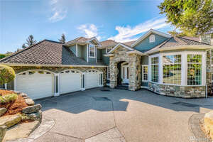 Featured Property in Lake Tapps, WA 98391