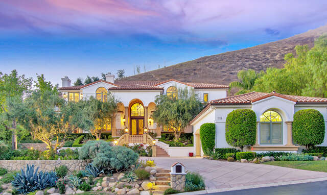 Single Family for Sale at 1118 Country Valley Rd. Westlake Village, California 91362 United States