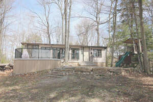Featured Property in Val Des Monts, QC J8N 6K9