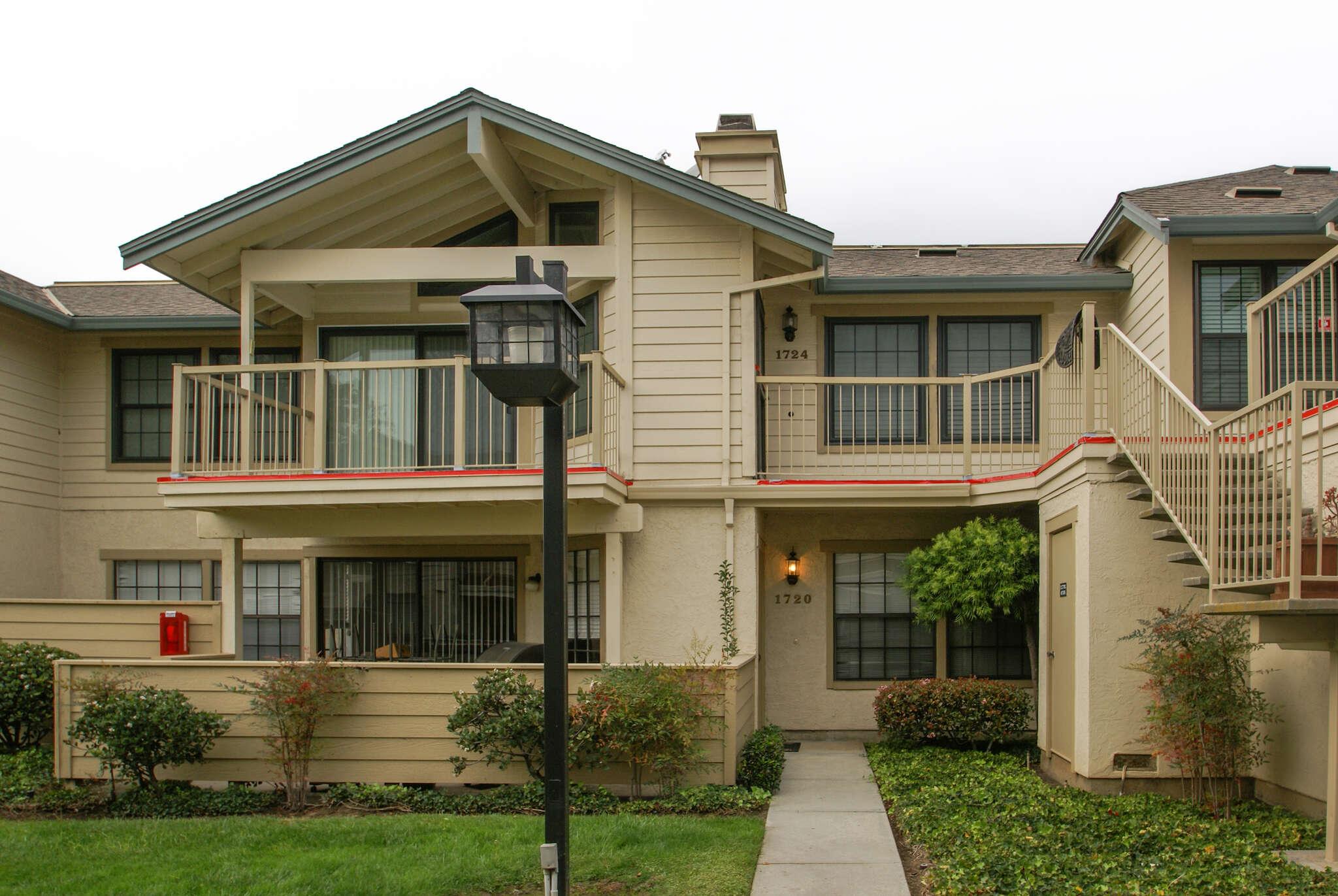 Condominium for Sale at 1724 Vista Del Sol San Mateo, California 94404 United States