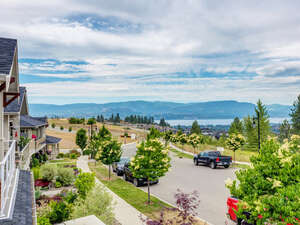 Featured Property in Kelowna, BC V1W 5K4