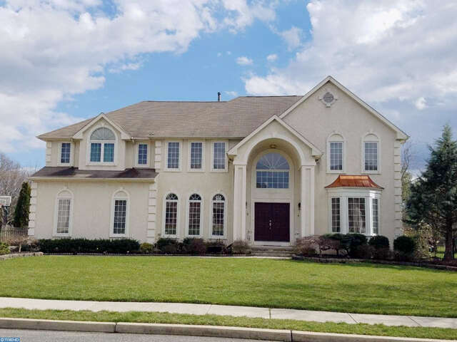 Single Family for Sale at 133 Mountainview Rd Mount Laurel, New Jersey 08054 United States