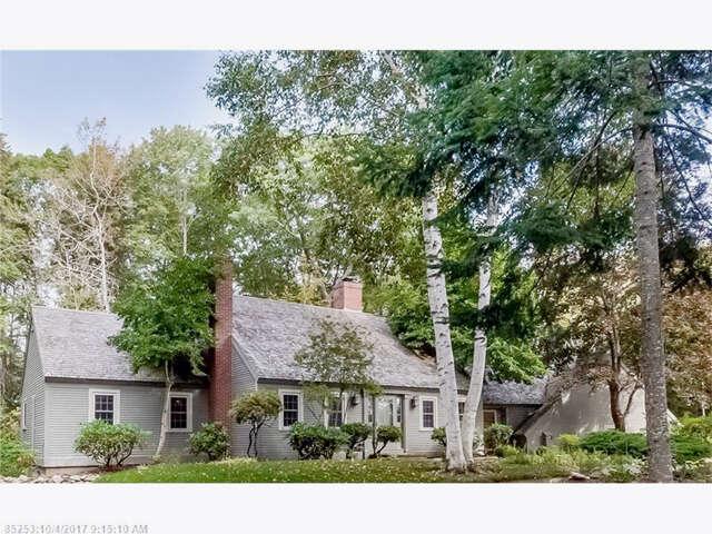 Single Family for Sale at 3 Elizabethan Dr Kennebunkport, Maine 04046 United States
