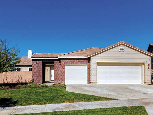 Single Family for Sale at 11388 Bluebird Way Corona, California 92883 United States