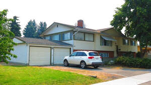 Featured Property in Kelowna, BC V1X 4H5