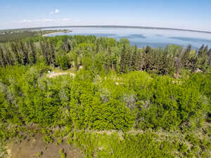 Featured Property in Alberta Beach, AB