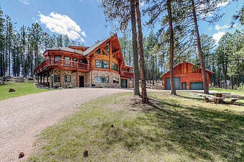 Single Family for Sale at 12331 Rock Chimney Rd Custer, South Dakota 57730 United States