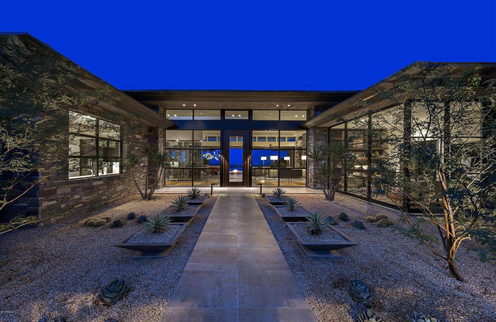 Single Family for Sale at 42725 N 102nd St. Scottsdale, Arizona 85262 United States