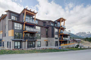 Featured Property in Canmore, AB T1W 0K2