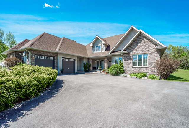 Real Estate for Sale, ListingId:45764616, location: 7 Pods Ln Oro Medonte