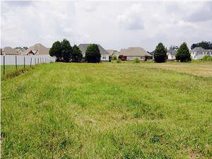 Featured Property in Ooltewah, TN 37363